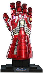 <【ライフサイズ・マスターピース】『アベンジャーズ/エンドゲーム』1/1スケールレプリカ ナノ・ガントレット(ハルク版)>