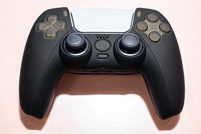<PS5コントローラ用保護カバー『シリコンカバー5(ブラック)』 - PS5>