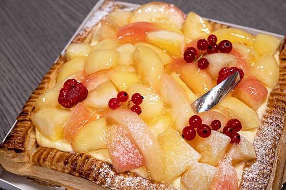 <リリエンベルグの桃のパイ>
